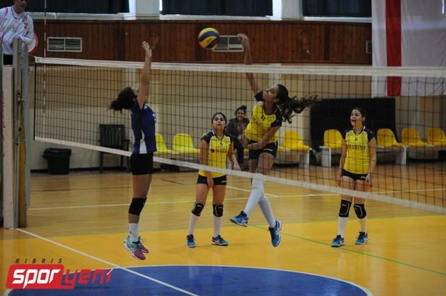 Liselerarası Voleybol Şampiyonası (Yarı Final) galerisi resim 17
