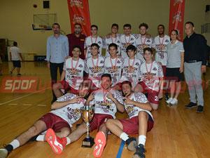 YDÜ'den 3. şampiyonluk: 88-36