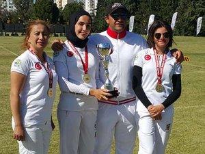 Tez'den altın madalya başarısı