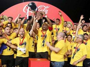 Güneyde kupa AEL'in