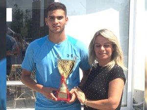 Derin Samioğlu'ndan şampiyonluk