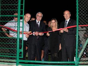 Taşkınköy halı sahası hizmete açıldı