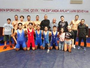 Gençler Ligi'nde şampiyon YDÜ