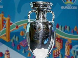 Beklenen oldu, EURO 2020 ertelendi