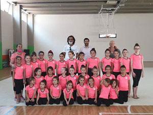 Sapsızoğlu'ndan ritmik cimnastikçilerine ziyaret