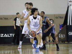 Erten'li Anadolu Efes, hazırlık turnuvasında şampiyon