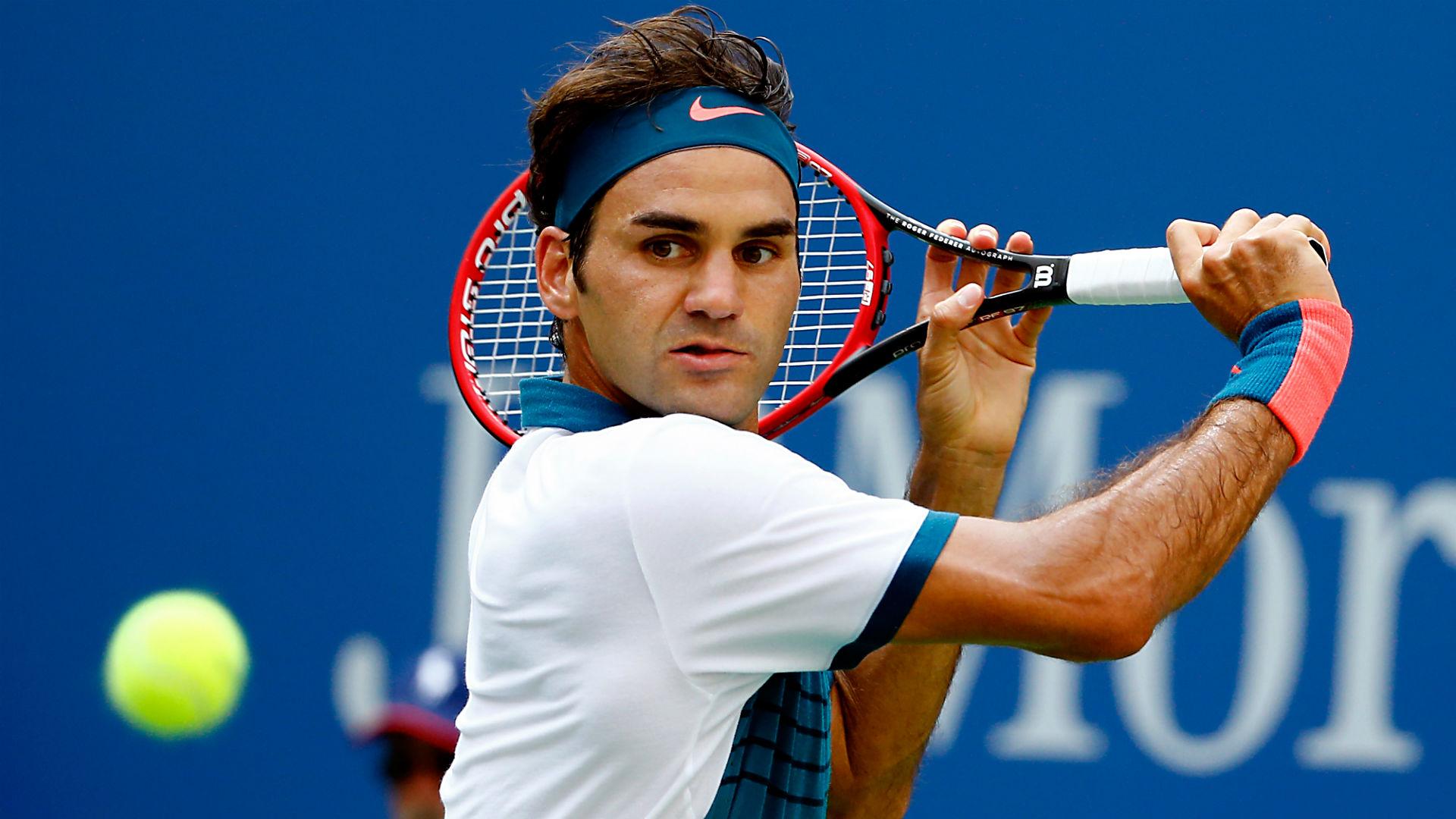 Federer galibiyetle döndü