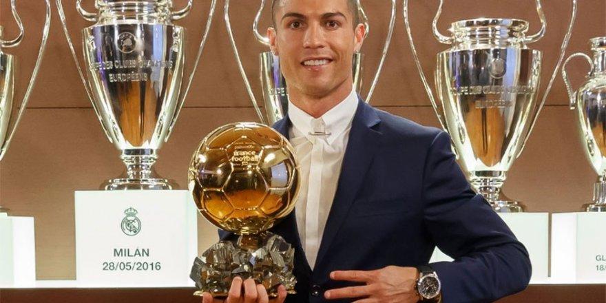 Altın Top Ronaldo'nun