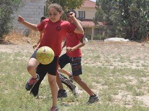 Haspolat İlkokulu futbol şenliği