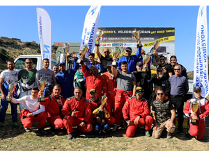 Off Road'da zafer Emingil çiftinin