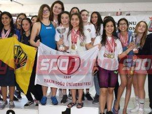 Yüzmede şampiyonlar belirlendi