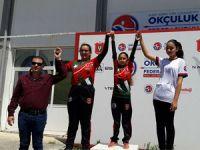 Okçular 23 Nisan'da yarıştı