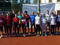 Teniste lig mücadelesi sürüyor