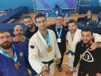 YDÜ Jiu Jitsu takımı adım adım hedefe