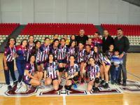 U17'de şampiyon UKÜ