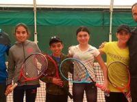 Teniste 12 yaş takımı Ankara'da kampta