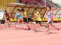 Küçükler şampiyonluk için yarışıyor