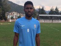 Yeşilova'ya golcü Nijeryalı