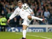 Top cambazı Zinedine Zidane…