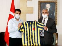 Akıncı, Fenerbahçeliler Derneği'ni kabul etti