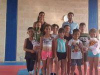 Karpaz'ın altın cimnastikçileri