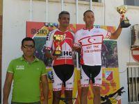 Dağ Bisikleti şampiyonası nefes kesti