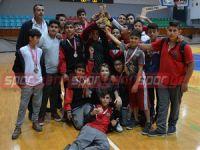 Bayraktar Ortaokulu şampiyon