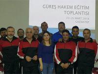 Güreş hakemleri Gaziantep'te seminere katıldı
