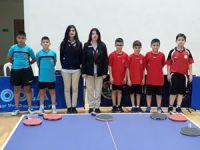 Masa Tenisi hakemleri Türkiye'de görev yapıyor