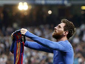 Messi'den 500. Barcelona golü