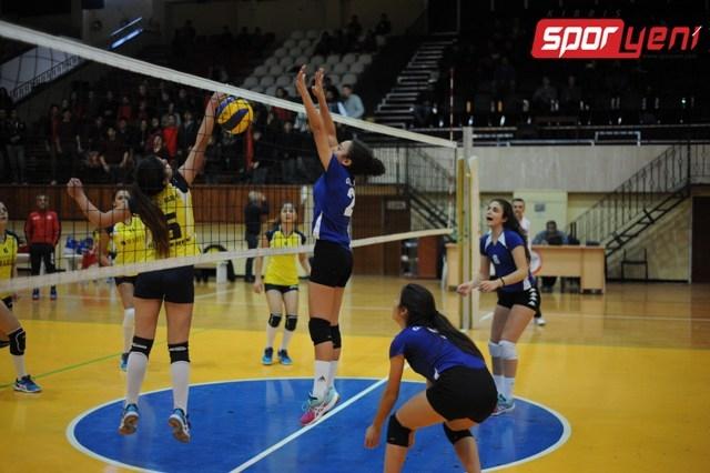 Liselerarası Voleybol Şampiyonası (Yarı Final) 15