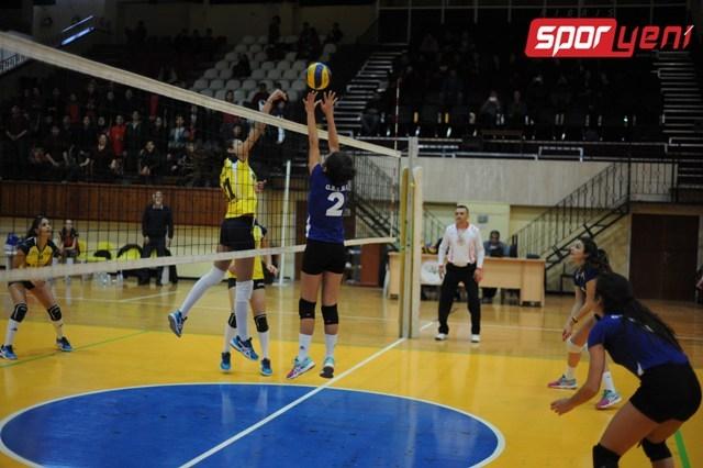 Liselerarası Voleybol Şampiyonası (Yarı Final) 16