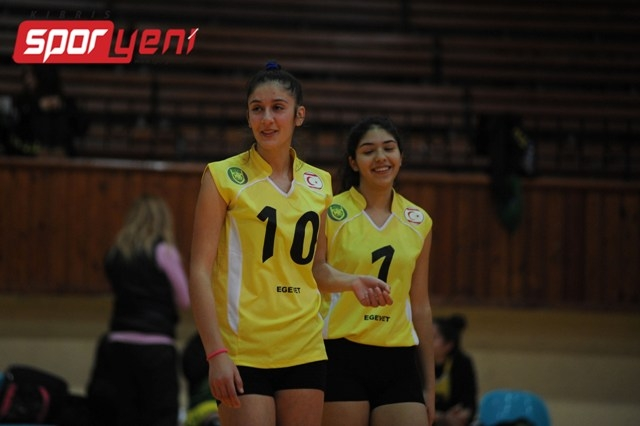 Liselerarası Voleybol Şampiyonası (Yarı Final) 2