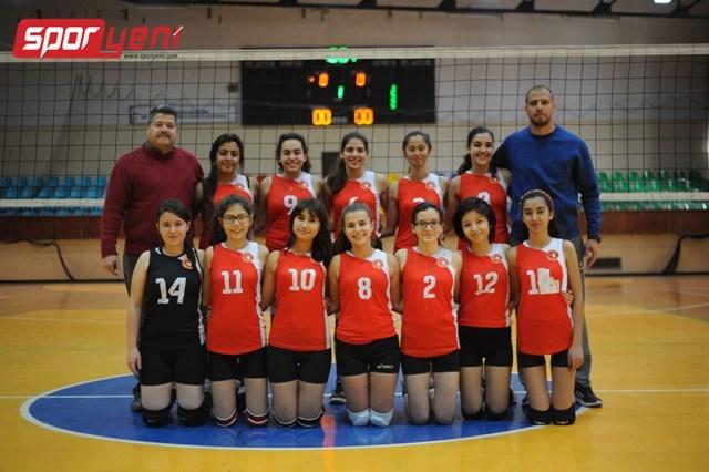 Liselerarası Voleybol Şampiyonası (Yarı Final) 4