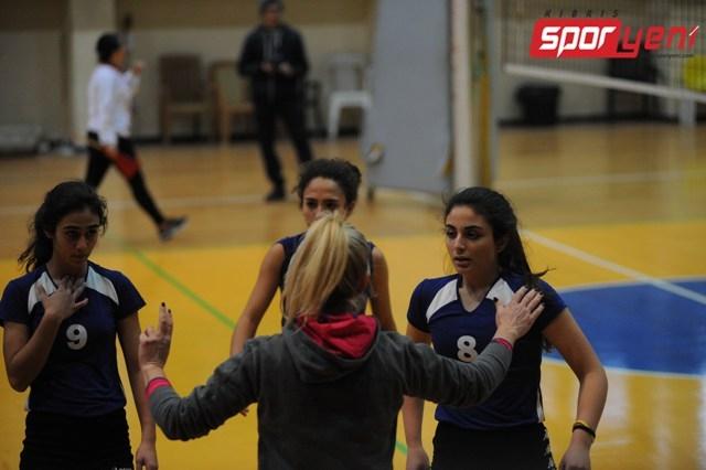 Liselerarası Voleybol Şampiyonası (Yarı Final) 7