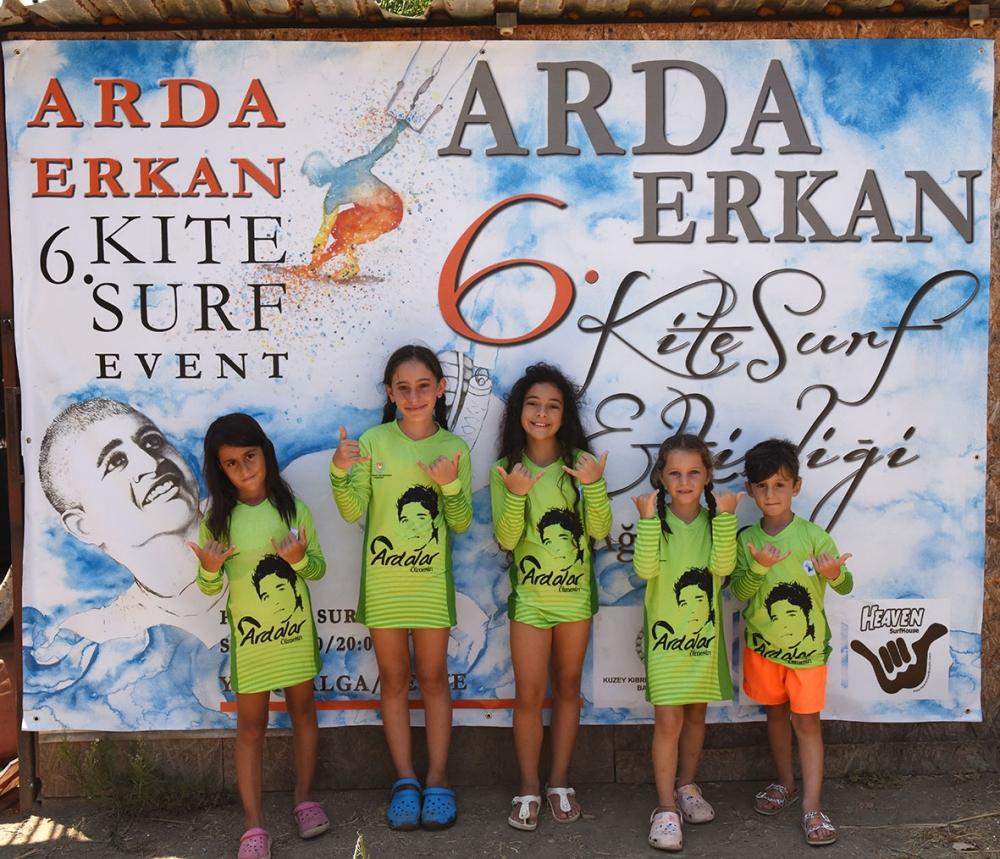 ARDA, mavinin derinliklerinde selamlandı 4