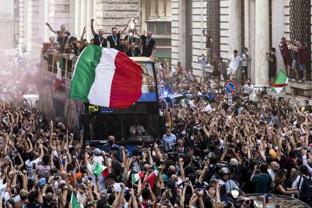 Avrupa Şampiyonu İtalya... 19