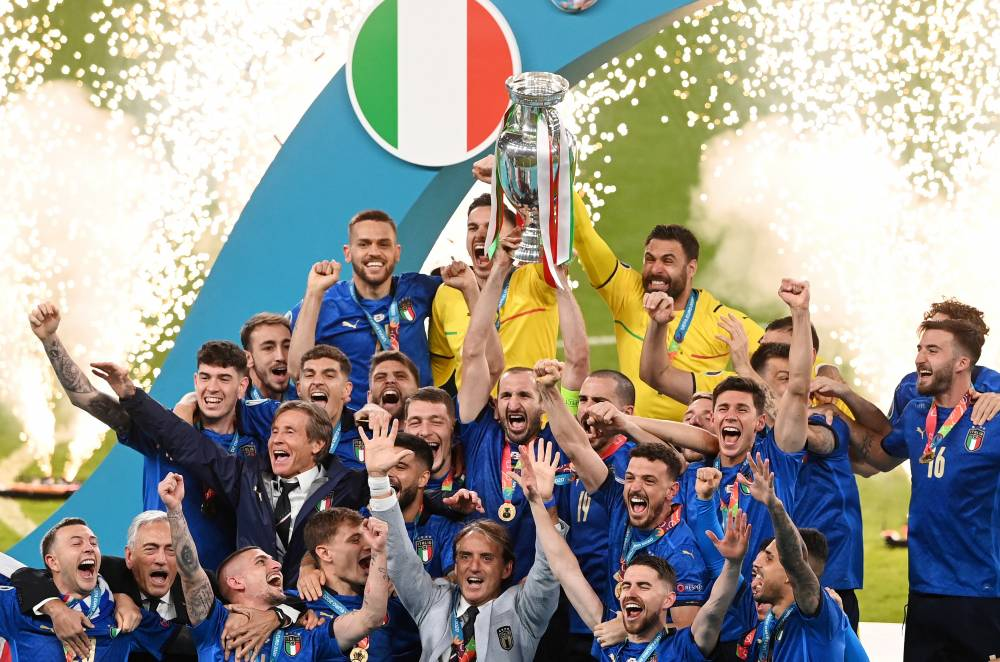 Avrupa Şampiyonu İtalya... 6