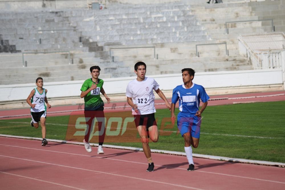 Geleneksel yarışlarda koştular 7