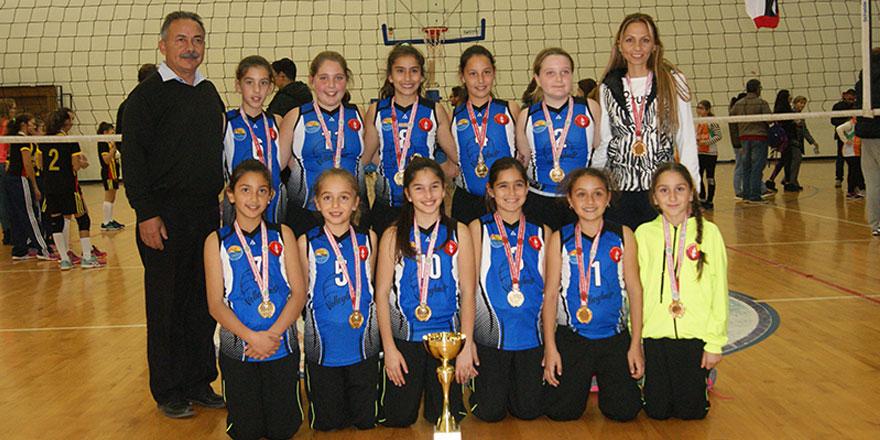 Küçüklerin şampiyonu  Esentepe ve Polatpaşa
