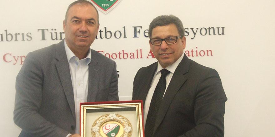 Türkiye Futbol Vakfı'ndan KTFF'ye ziyaret