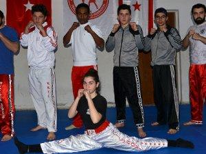Kickbokscular Antalya'ya hazırlanıyor