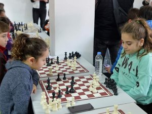 Girne Satranç Turnuvası devam ediyor