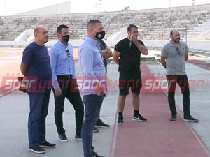 Teknik adamlardan futbolculara destek