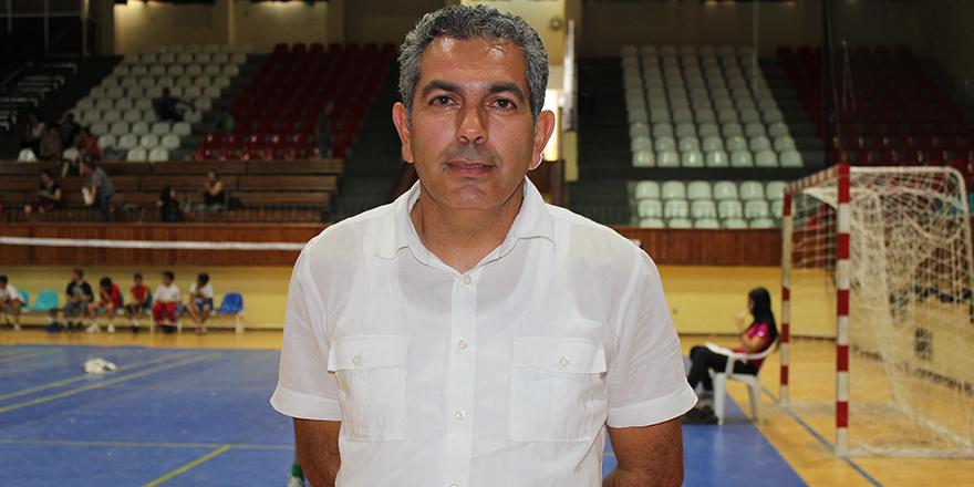 Badminton genel kurulunu yapıyor