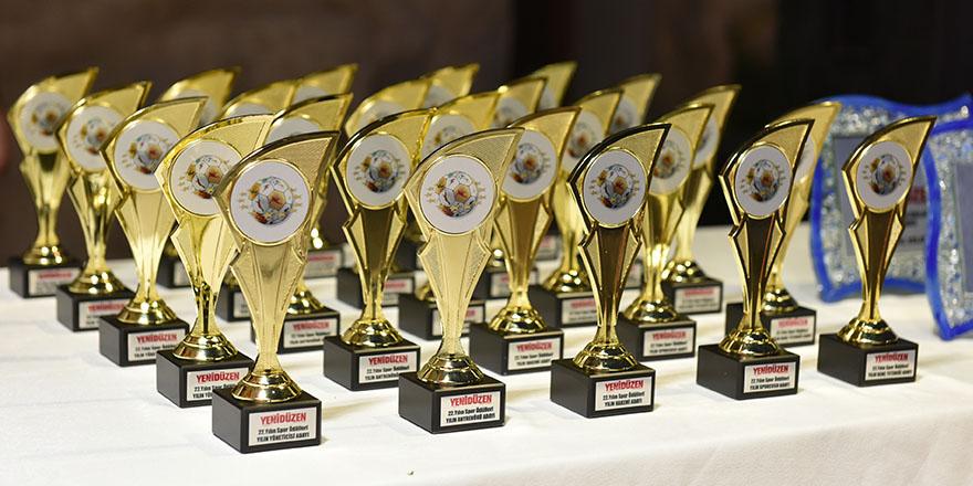 İşte geleneksel ödüllerin kazananları