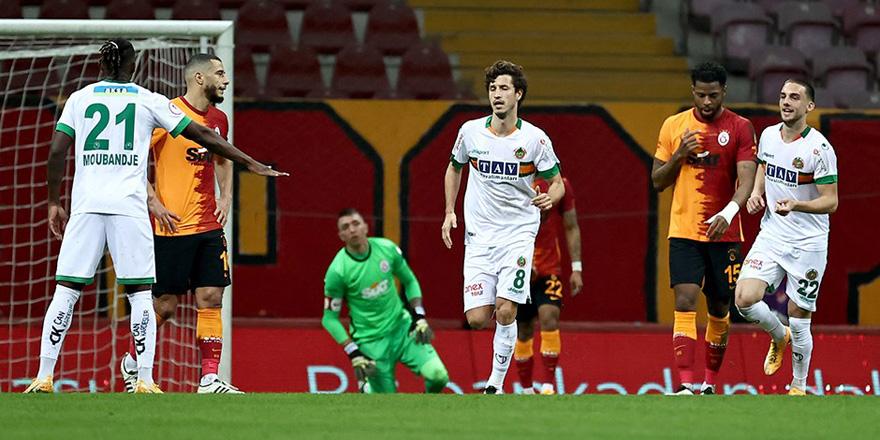 Galatasaray kupaya veda etti: 2-3