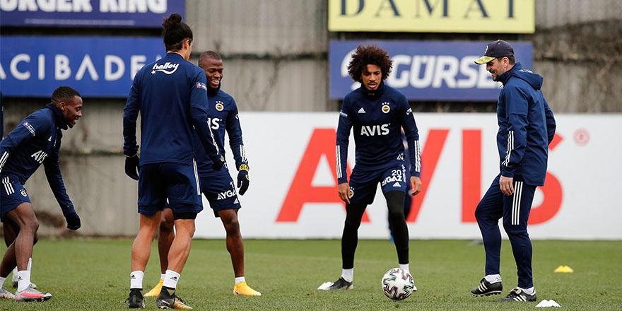 Fenerbahçe'de gözler sakatlarda