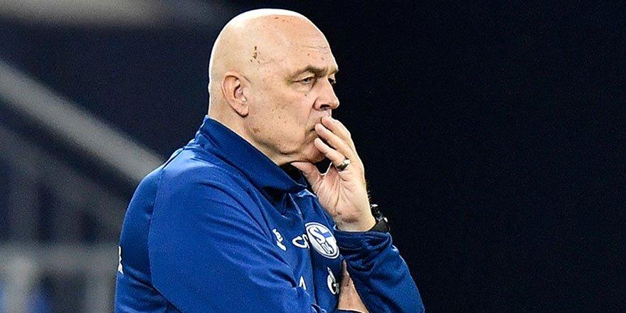 Schalke'de teknik direktörün görevine son verildi