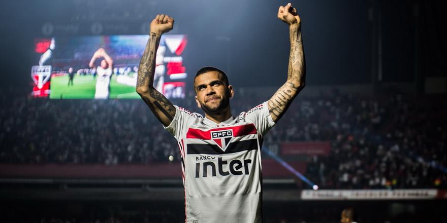 Dani Alves kulüpsüz kaldı